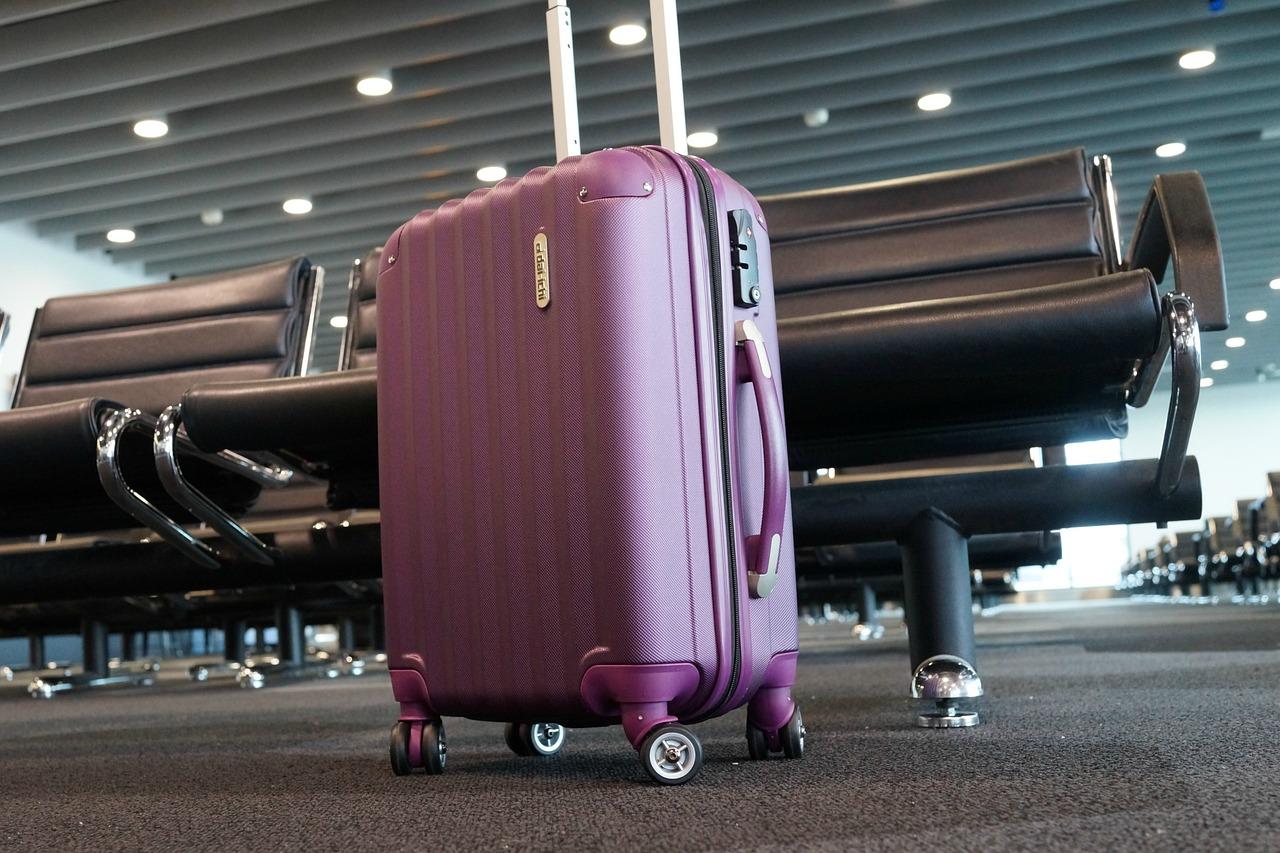 Luggage 2869269 1280