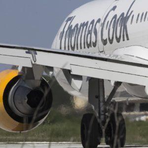 Thomas-cook-plane